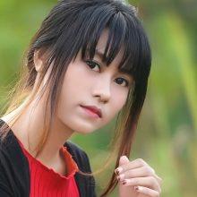 アジア人女性